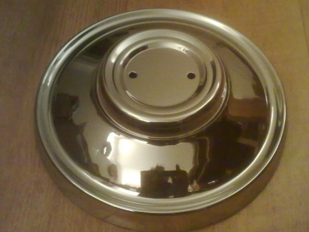 JAGUAR XJ12 SERIES 2 BRAND NEW CHROME HUB CAP X 4 MADE IN ENGLAND(FREE UK POST)